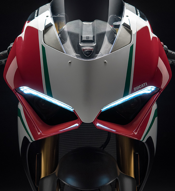 Panigale-V4-Speciale-MY18